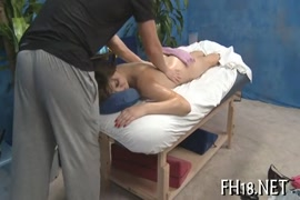 Pahli baar chut fatati hui vedeo first sex choti ladki xxx .com in hd