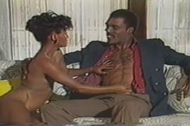 Bahan ne bhai ko chodne ko majboor kiya sex film