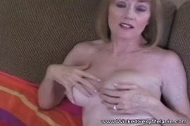सेक्सी करिश्मा वीडियो