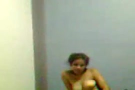 आदीवासी लडकी चुदवाती हुई वीडियो