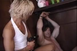 जपानी नागड्या मुली
